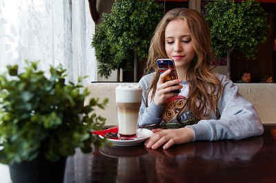 Nummer gegen Kummer  Chat für Kinder und Jugendliche